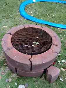 firepit with grate