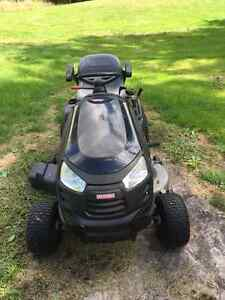 Craftsman ride on lawn tractor