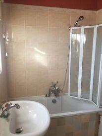 A Double room in Borehamwood
