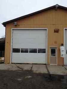COMMERCIAL SHOP/GARAGE OFFICE SPACE Cornwall Ontario image 1