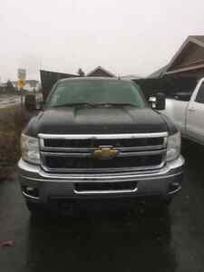 2011 Chevy Silverado 3500 with 8.5ft plow and inspection  St. John's Newfoundland image 6