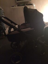 Oysters pram n carry cot