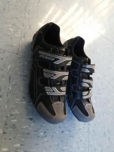 Bicycle shoes, New, size 11