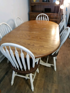 f27a93ffa6 Harvest Table   Kijiji in Hamilton. - Buy, Sell & Save with Canada's ...