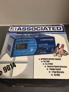 NEW Associated 9014 battery charger