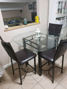 High glass table and 4 chairs!