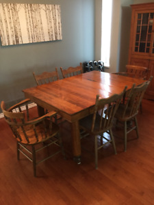 Expandable Antique Hardwood (beech) Table and 10 chairs