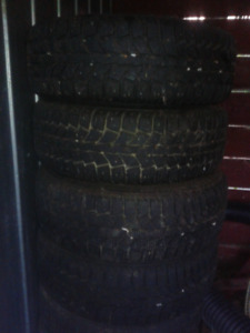 Snow tires with rims, great tread! Size 185/65 R14