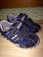 Geox toddler running shoes/souliers Geox