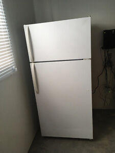 18 CUBIC FRIDGE