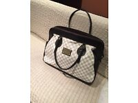 Brand new Louis Vuitton luggage bag for sale