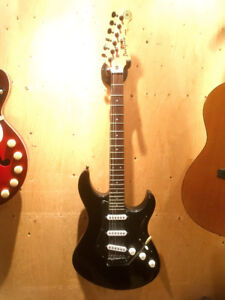2005 Yamaha Pacfica PAC012 Stratocaster Copy