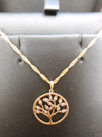 Lovely 9ct gold cz tree of life pendant and 9ct gold 24in chain