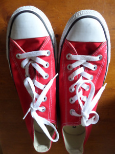 Red All-Star Converse Shoes BNWOT -- Men (7) or Women's (9)