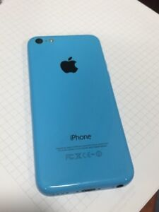Very good condition iPhone I5C A1532 Black and Blue 16GB - Bell