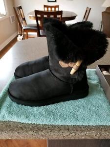 Ugg Toggle Boots