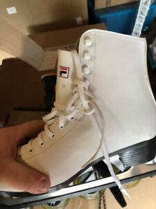 Women skates size 9