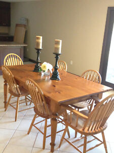 Mennonite Pine Harvest Table-4 Chairs & 2 Captains Chairs