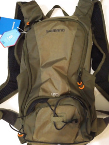 New Shimano Unzen 10 hydration pack w/ 3L bladder