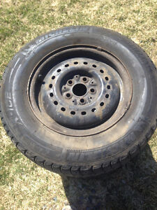 4 X Used Snow tires with Rims 195/70 R14