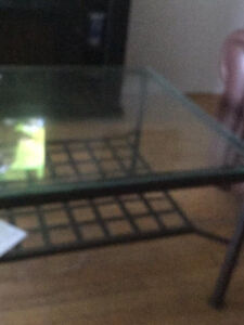 Glass coffee table on wrought iron West Island Greater Montréal image 2