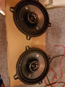 New set if KICKER SPEAKERS for sale!!!