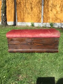 Lovely solid oak ottoman with two enclosed drawers lovely old chest