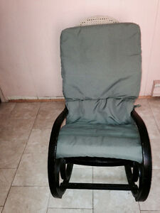 Rocking chair and bread maker Windsor Region Ontario image 1