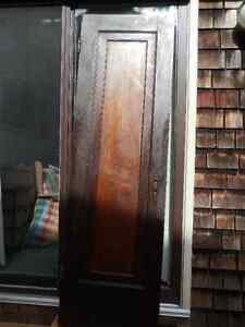 WOOD PANELED DOOR  (INDOOR)