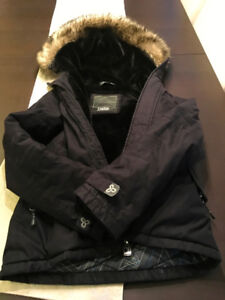 Women's or Teens Aritzia TNA Parka in like new Condition