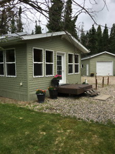 BEAUTIFUL CABIN FOR SALE AT CANDLE LAKE