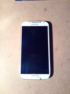 SAMSUNG GALAXY 16GB S4 ÉCRAN BRISÉ+ CASE (PROTECTION) + CHARGEUR