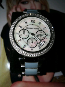 Michael Kors Watch (Like new)