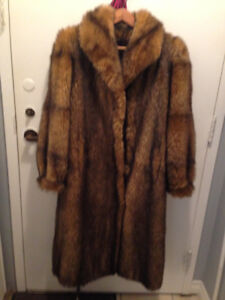 Great and warm witer fur coat.