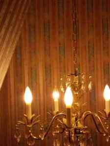 5 light chandelier Windsor Region Ontario image 3