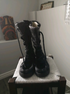 Mens seal skin boots