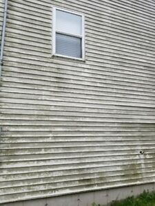 Dirty Eaves Gutters House Siding Decks & Heat Pump Cleaning
