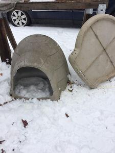Dog Shelter/house Baux'r Dogloo