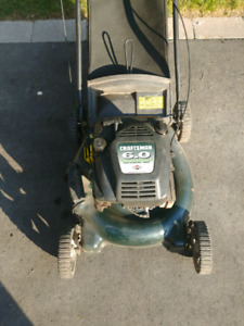 """20"""" craftsman lawnmower with a 6 hp briggs and Stratton"""