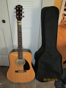 Fender Accoustic Starter Guitar.Model #  FA100, Solid Spruce Top