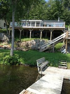 Lakefront Cottage for Rent - Bob's Lake - 45 Min from Kingston