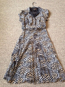 Retro Style Dress with Belt Size 6