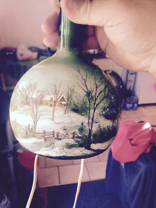 Nice old hand painted lamp London Ontario image 3