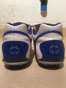 Men's Adidas TraXion Outdoor Soccer Cleats Size 6 London Ontario image 6