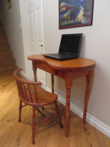 telephone table/desk with chair
