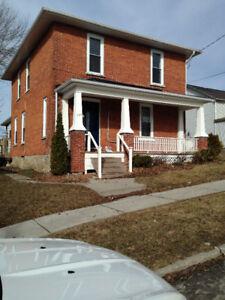 Upper level duplex for rent