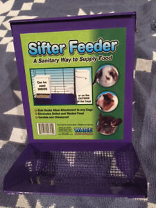 Hay Feeders/ Dispensers for Small Animals