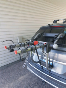 Yakima trunk/hatch mount 3 bike rack
