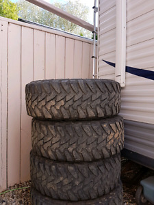 295 70 17 Toyo Open Country  truck tires