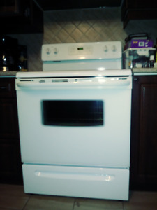 Used Stove for Sale $250 or $500 with Fridge